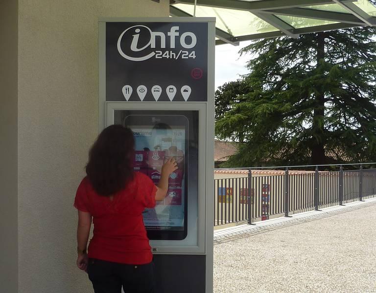 Passer l 39 office de tourisme office de tourisme du bocage bressuirais aux portes du puy du - Office tourisme bressuire ...