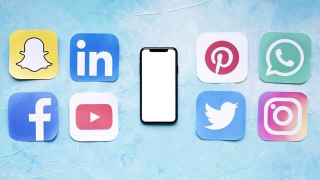 """Les réseaux sociaux """"Destination Bocage Bressuirais"""""""