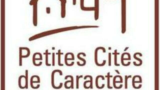 Petites Cités de Caractère ® en Bocage Bressuirais à proximité du Puy du Fou