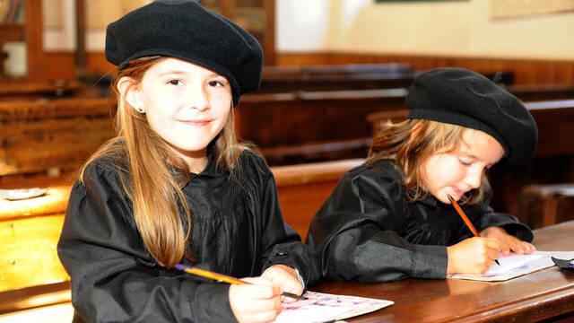 Classe d'enfants à la Tour Nivelle
