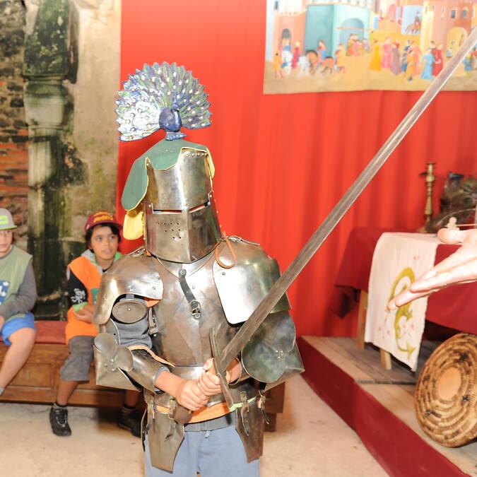 Château Saint Mesmin – enfant en chevalier